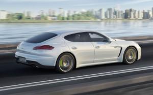 Porsche Panamera-S-E-Hybrid