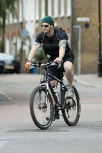 велозаезды в жилете-утяжилителе