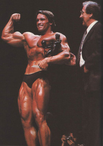 Арнольд Шварценеггер и Джо Уайдер - Мистер Олимпия 1980
