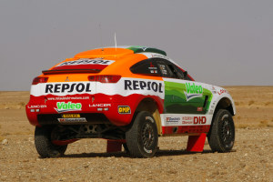 Mitsubishi Racing Lancer - вид сзади