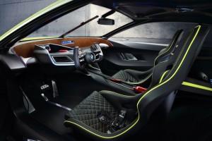 Салон BMW 3.0 CSL Hommage