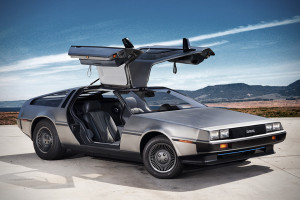 DeLorean DMC-12 спорткар