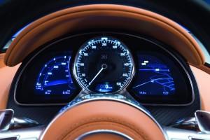 Bugatti Chiron 2016 спидометр