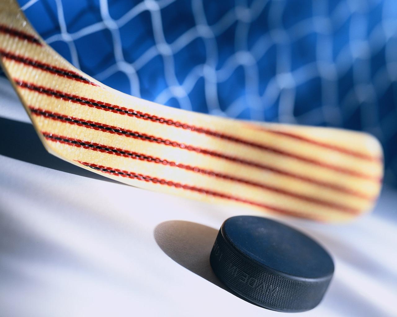 В полуфинале областного чемпионата «Спутник» сыграет с «Кедром»